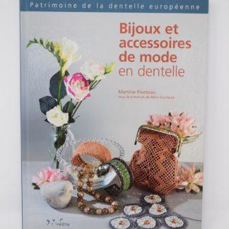 Bijoux et accessoires, Pivetea Martine